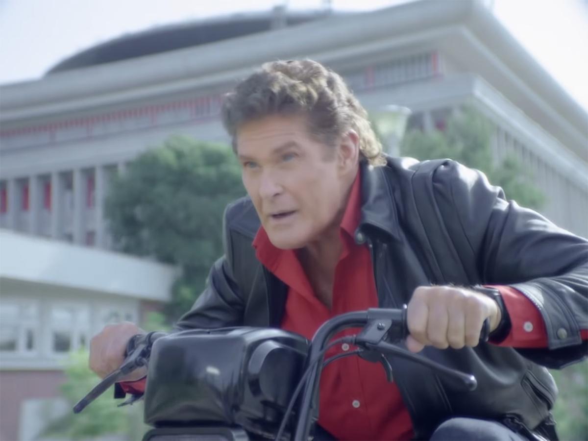 David-Hasselhoff-in-Moped-Rider-_-mobile.de-0-30-screenshot-(1)