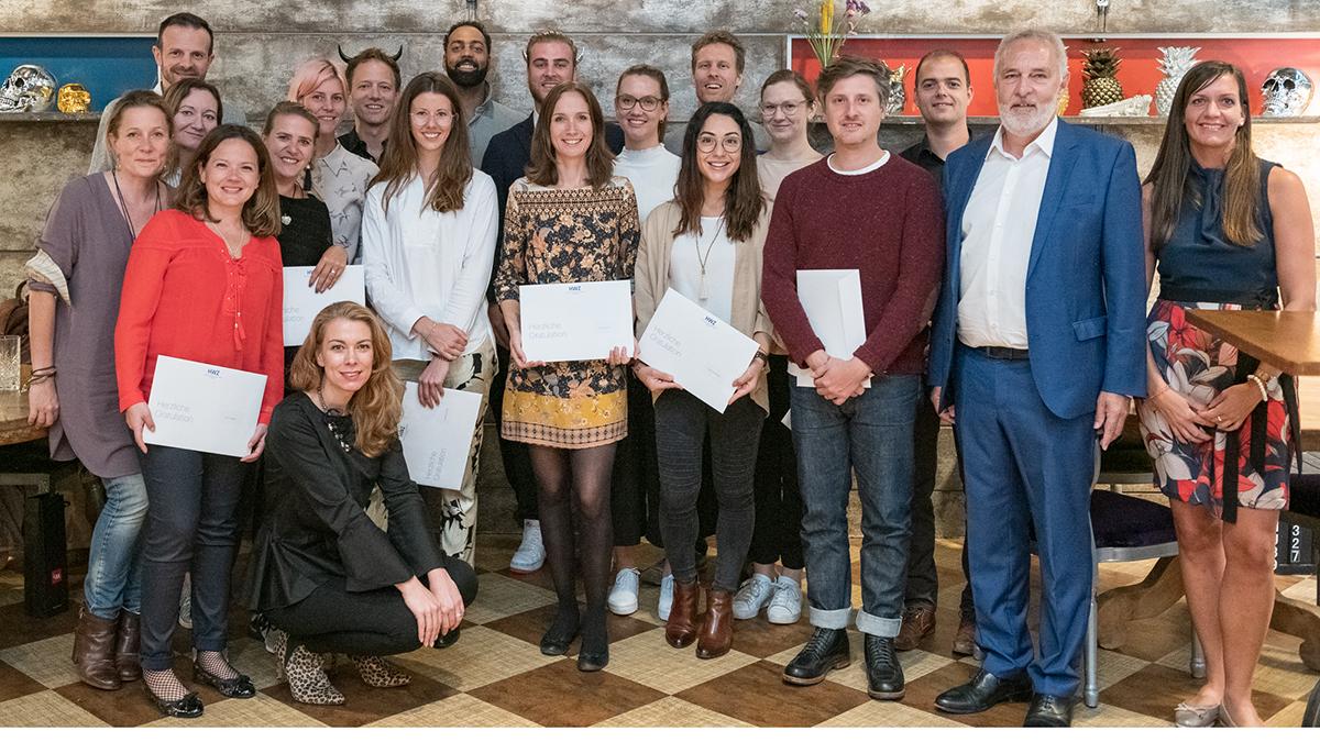 Bild2-Abschlussklasse-CAS-Brand-Leadership-2019