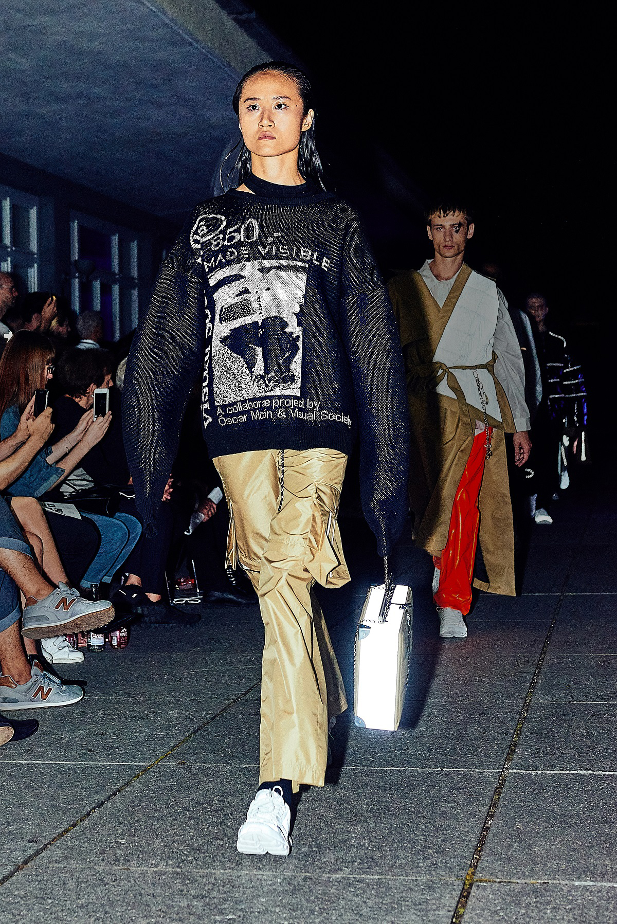 Show-Look-9-MADE-VISIBLE-Capsule-Collection-I-Foto-MADE-VISIBLE-Anja-Wurm