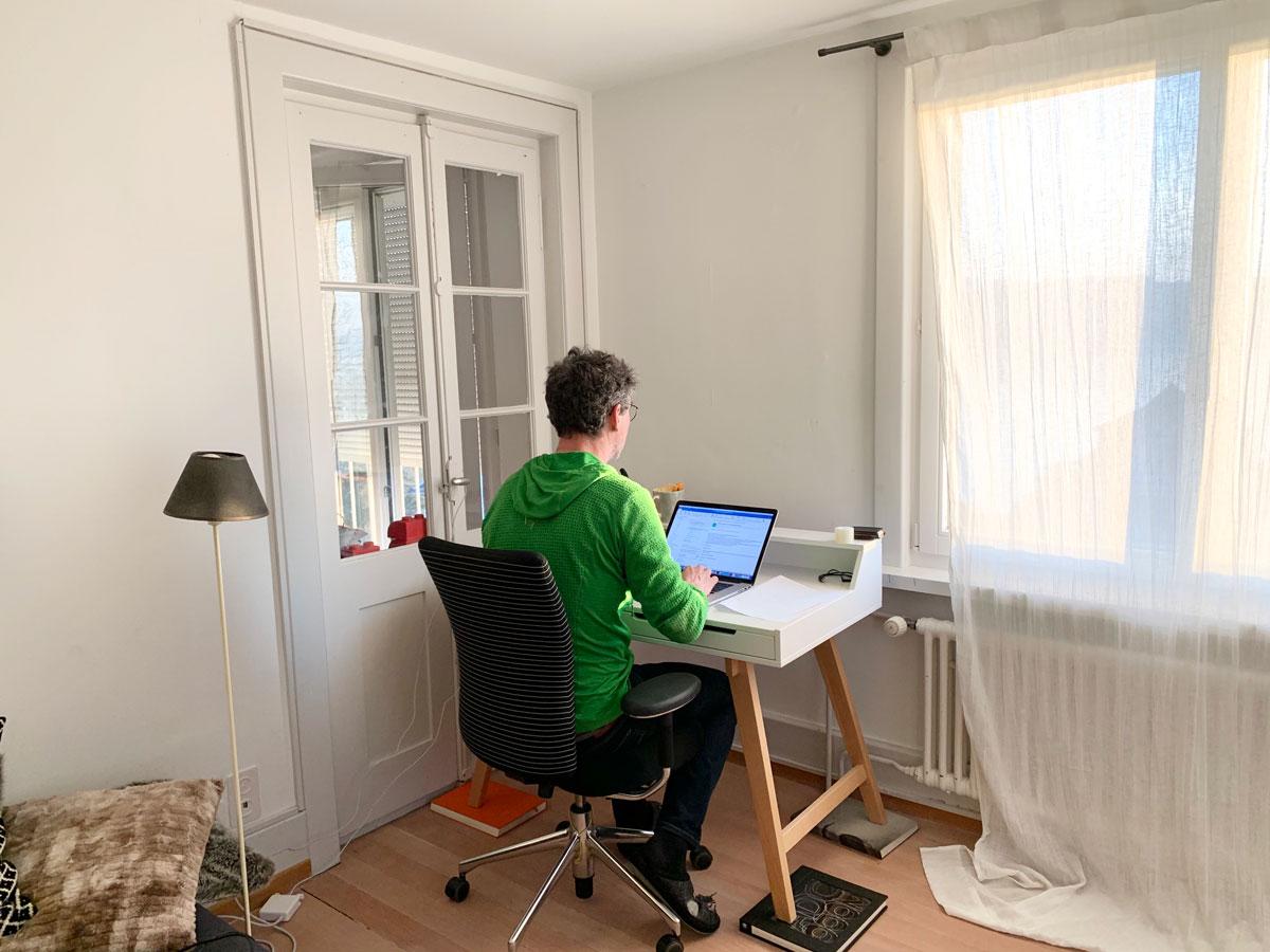 peter_broennimann_home_office