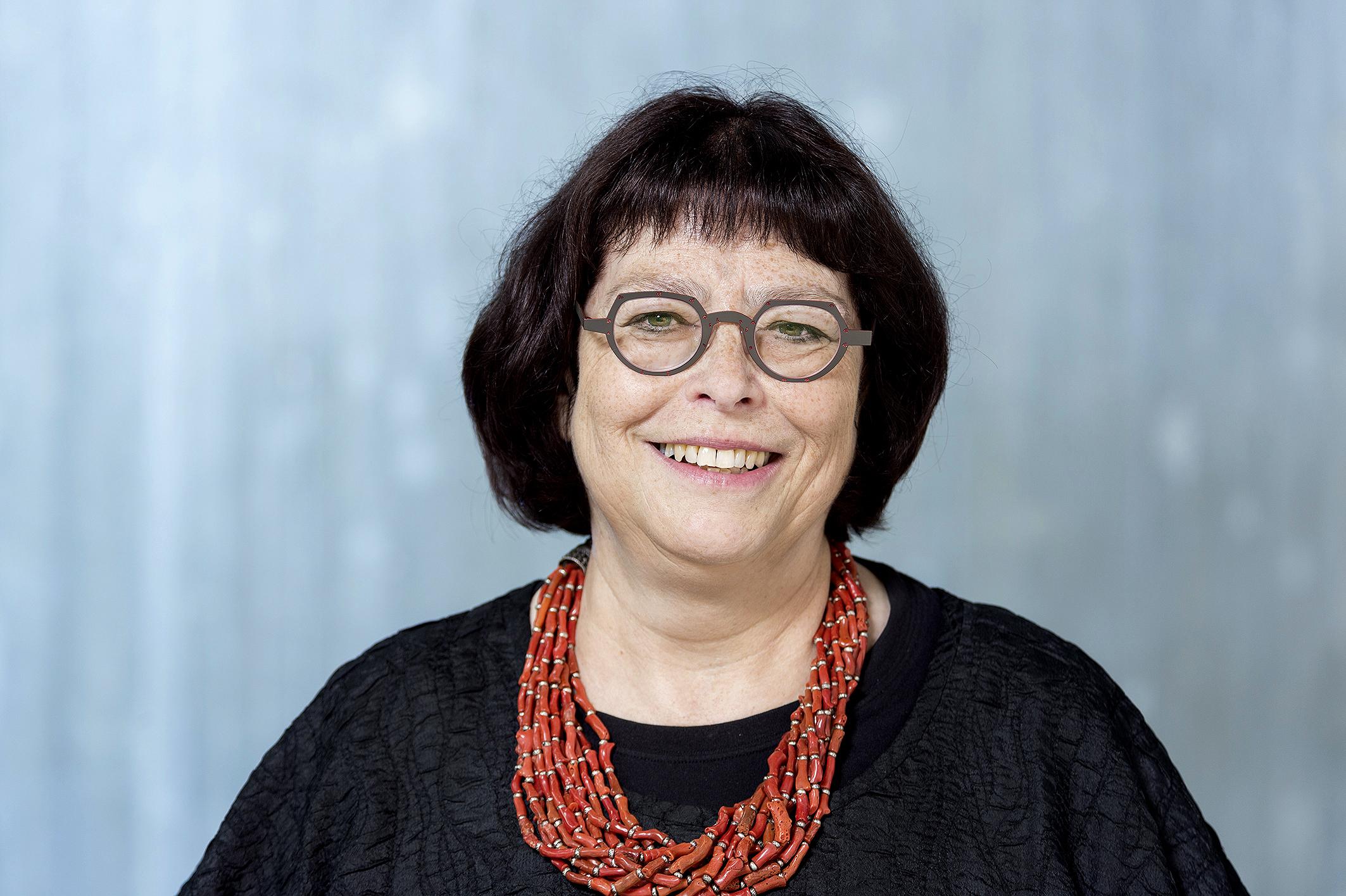 ClaudiaKaufmannfarbig