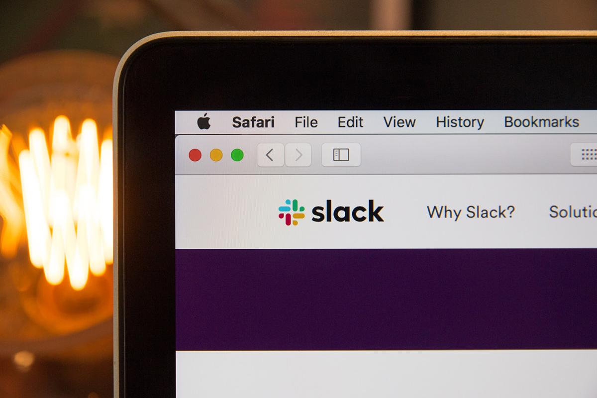 slack-unsplash