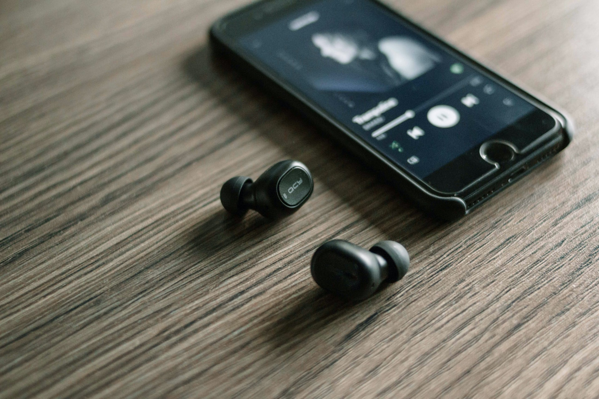music-streaming-unsplash