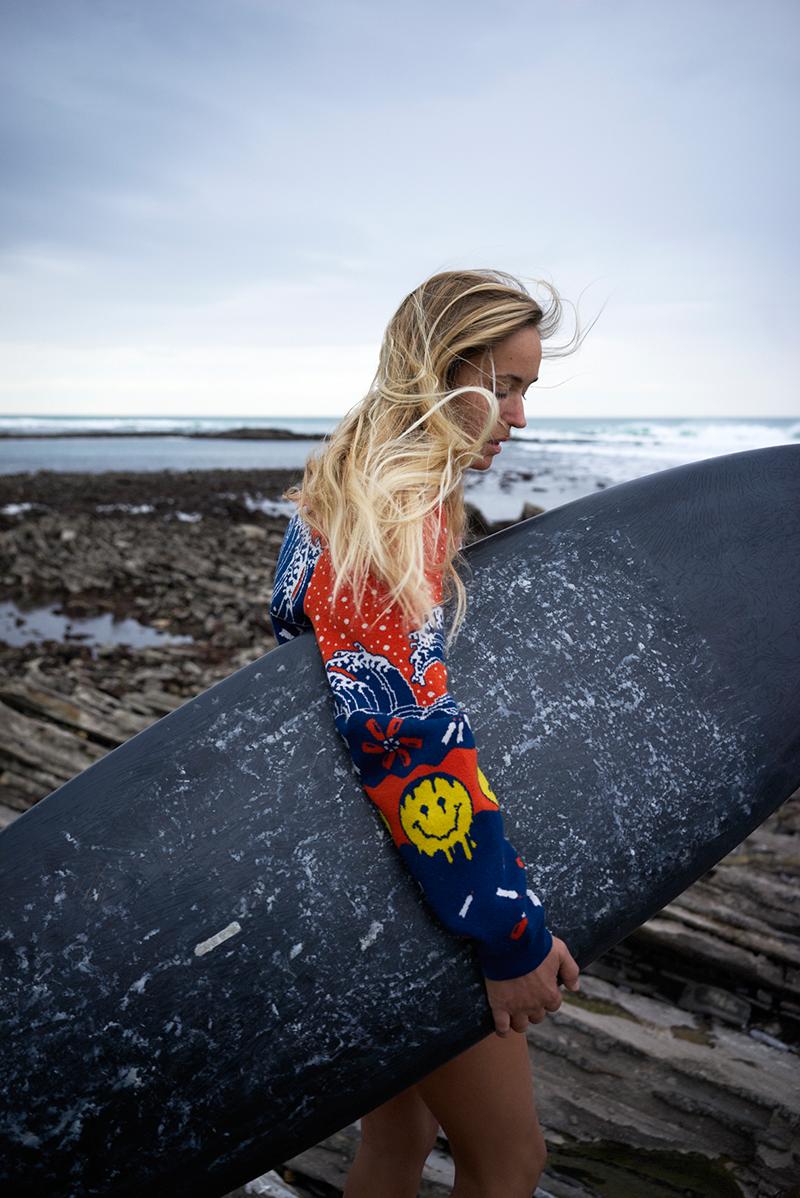 WWF_Last-Sweater_Surfer-Doro-Kretly