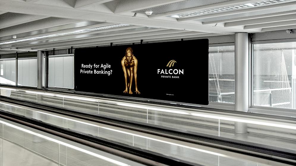 falcon_plakat_flughafen_mockup_case